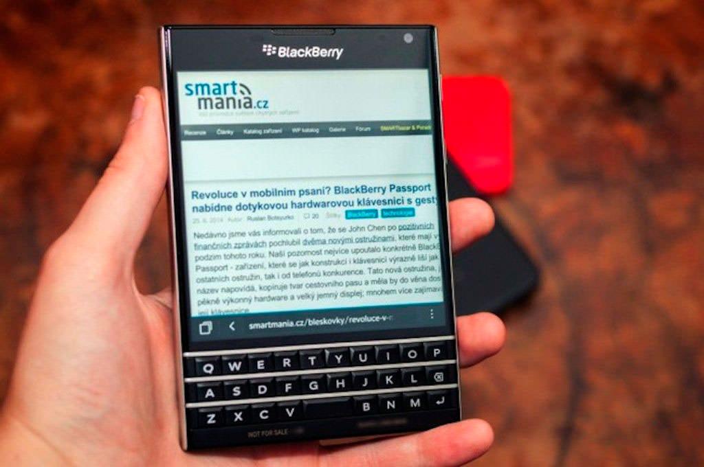 Начались продажи BlackBerry Passport | цена, характеристики