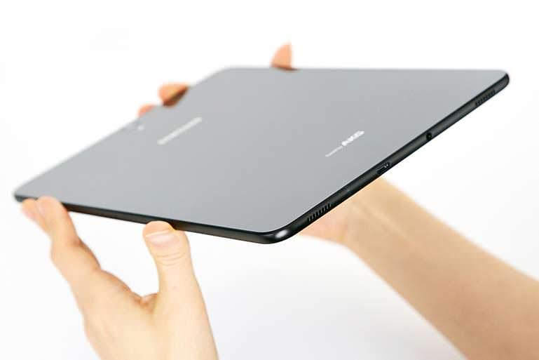 Samsung Galaxy Tab S3 - планшет с четырьмя динамиками