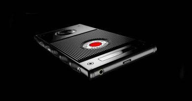 RED HYDROGEN ONE: первый смартфон с голографическим дисплеем