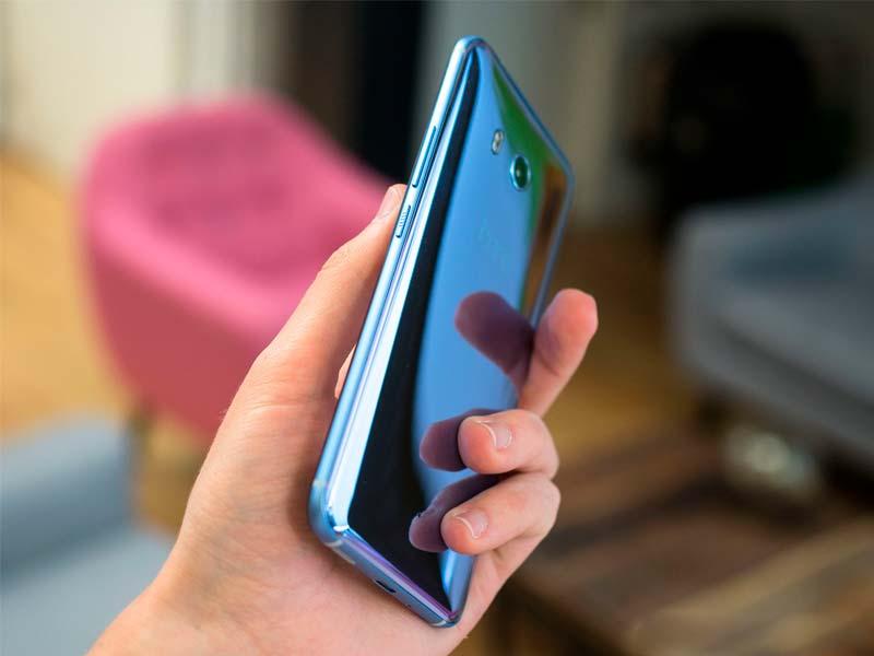 HTC U11 - лучший дорогой смартфон в 2017 году. #5