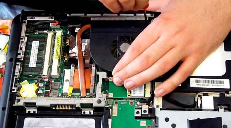 Ремонт ноутбуков. Как отремонтировать ноутбук после падения