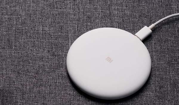 Беспроводное зарядное устройство Qi от Xiaomi