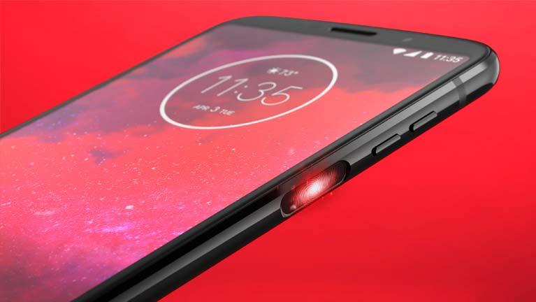 Motorola Moto Z3: сканер отпечатков на боковой грани