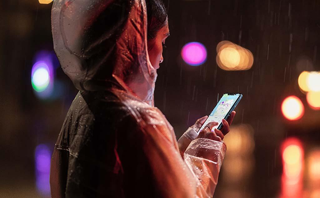 Начальный смартфон Apple iPhone Xr