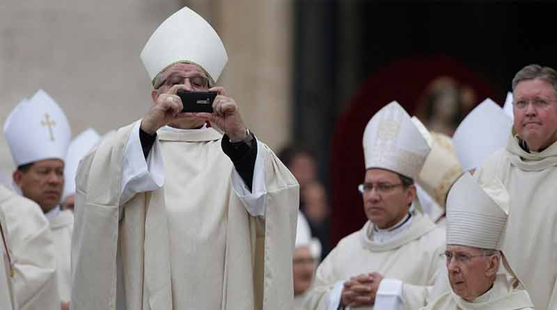 Папа Римский Франциск выбирает Nokia