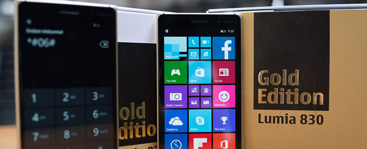 «Живые» фото Nokia Lumia 830 Gold Edition, характеристики