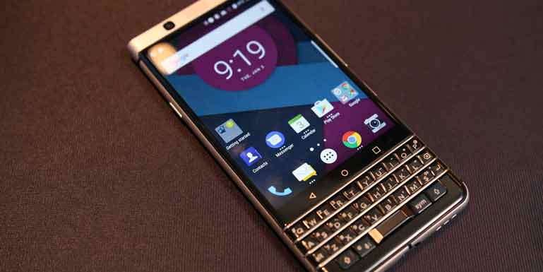 Характеристики BlackBerry Mercury: QWERTY-клавиатура, USB Type-C