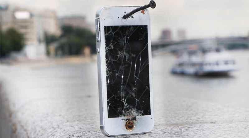 На что чаще всего жалуются владельцы iPhone, частые поломки
