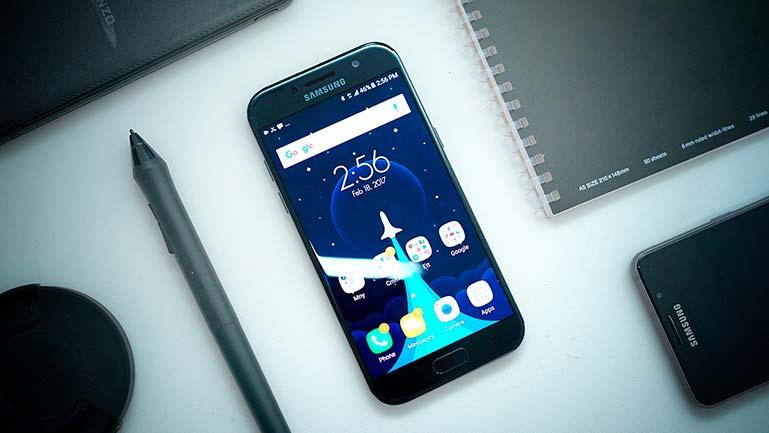 #4. Samsung Galaxy A5 (2017)