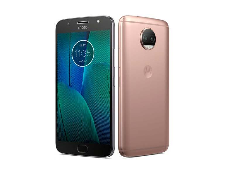 Металлический смартфон Moto G5S Plus: экран на 5,5-дюйма