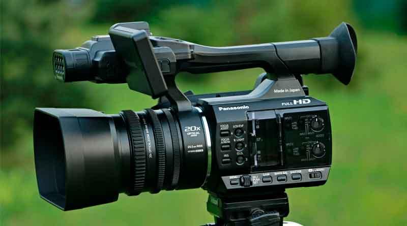 Профессиональная видеокамера Panasonic AG-AC30: преимущества