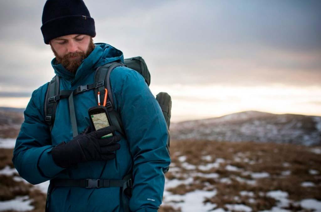 Land Rover Explore: смартфон для путешественников и исследователей