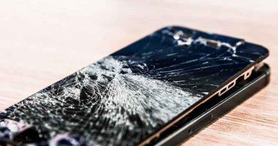 Розбився сматрфон: чи варто ремонтувати?