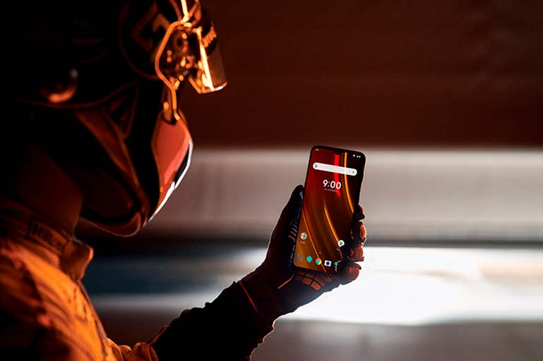 OnePlus 6T McLaren Edition - смартфон с 10 ГБ ОЗУ